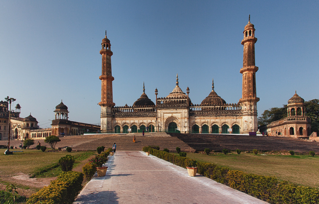 10 Reasons To Visit Lucknow - The Gateway To Taj Mahal