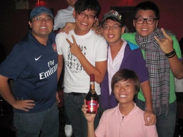 Dating singaporean guys